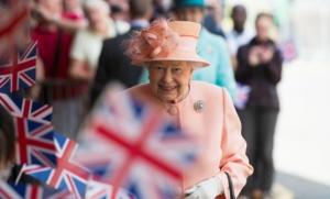Елизавета II воссоздала знаменитую поездку королевы Виктории